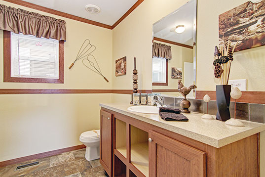creekside3256-1-masterBath1-537