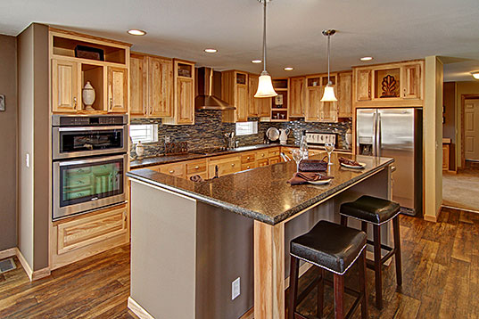 prairieview_3276-1_kitchen1_537