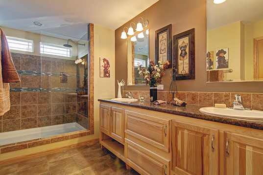 prairieview_3276-1_masterBath_537