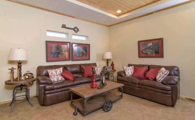 walnut-creek-1676-2-living-room